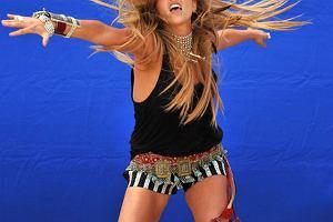 Ke$ha na planie teledysku do singla Take It Off.