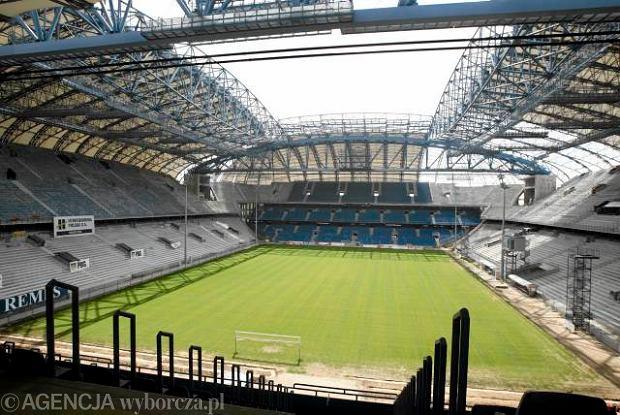 Oświetlenie Stadionu Aktualne Wydarzenia Z Kraju I