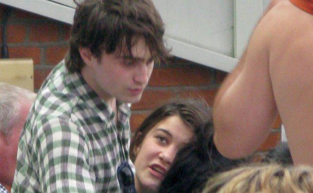 Daniel Radcliffe i Olive Uniacke