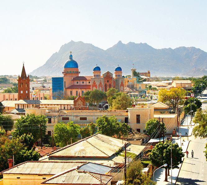 Erytrea - Położone na północ od Asmary Keren jest drugim co do wielkości miastem w kraju.
