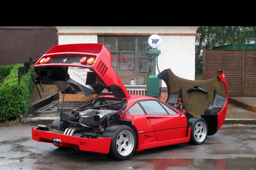 Ferrari F40 z 1989 roku