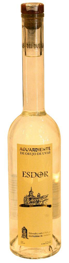 hiszpańskie specjały - orujo de Galicia - wódka z winogron