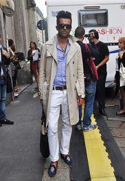 płaszcz - DSquared2, spodnie - DSquared2, koszula - Viktor