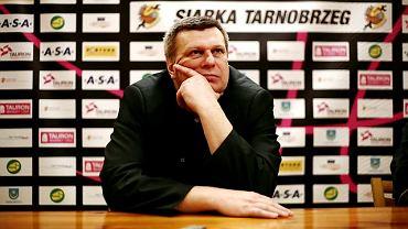 Prezes i trener Siarki, animator koszykówki w Tarnobrzegu - Zbigniew Pyszniak