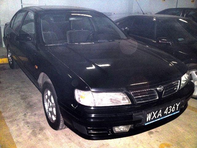 Nissan Maxima 3.0 V6 '99