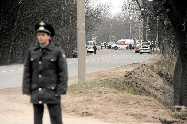 Akcja ratownicza na miejscu katastrofy polskiego samolotu w Smoleńsku