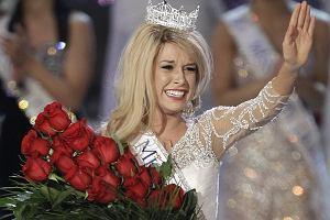 Amerykanie właśnie wybrali Miss Ameryki 2010. Została nią 17-letnia Teresa Scanlan, dotychczasowa Miss Nebraski. Zobaczcie jak wyglądało ogłoszenie wyników, koronacja i triumf 17-latki. Czy ona nie jest za młoda?
