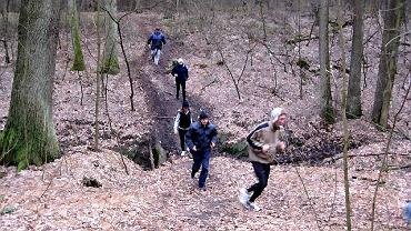 Trening w lesie Piastowskim