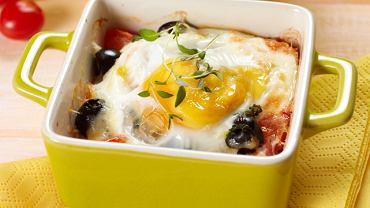 Zapiekanka z pomidorami, jajkiem i serem