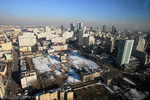 Widok z wieżowca WTT na panoramę Warszawy