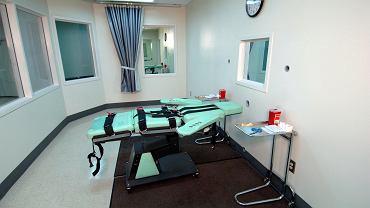 Sala, gdzie wykonywana jest kara śmierci, w więzieniu San Quentin w Kalifornii