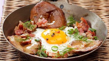 Jajko sadzone z rydzami i bekonem