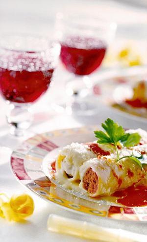 Makaron cannelloni z farszem mięsnym