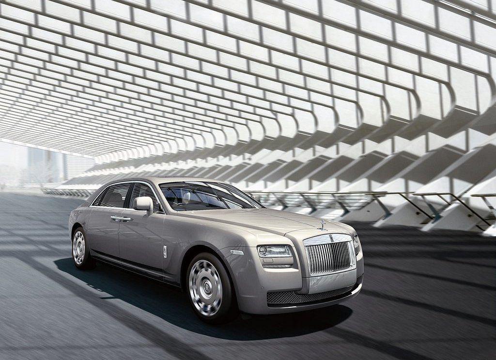 Rolls Royce Ghost (wersja z przedłużonym rozstawem osi)