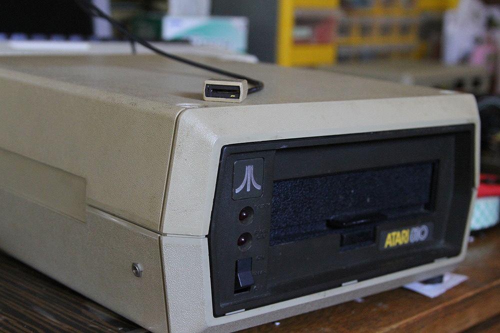 Napę SD do Atari.