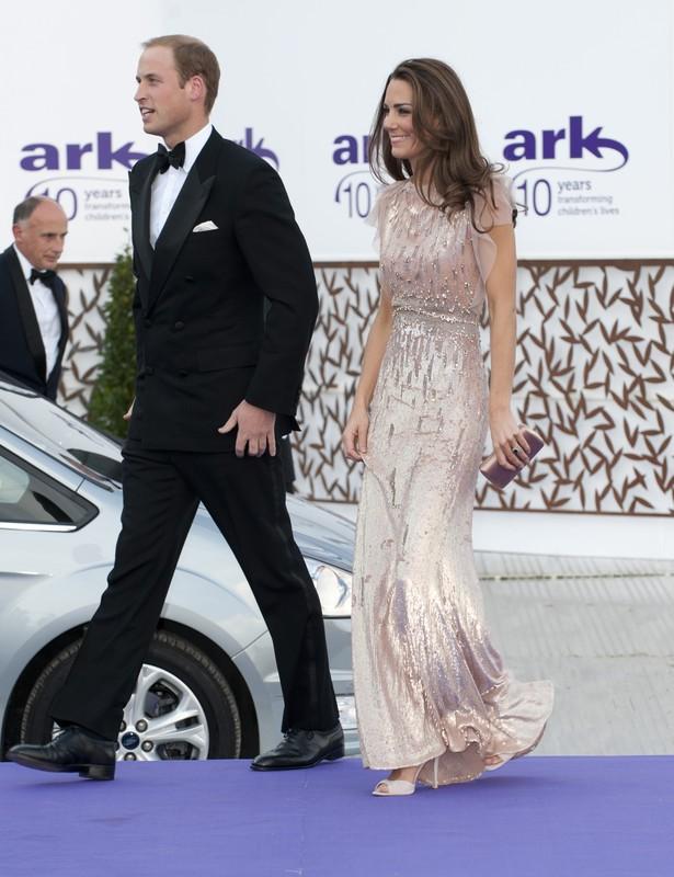 Katarzyna, księżna Cambridge z księciem Wilhelmem na 10. gali ARK