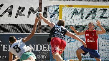 Piłka ręczna plażowa to niezwykle efektowna dyscyplina sportu