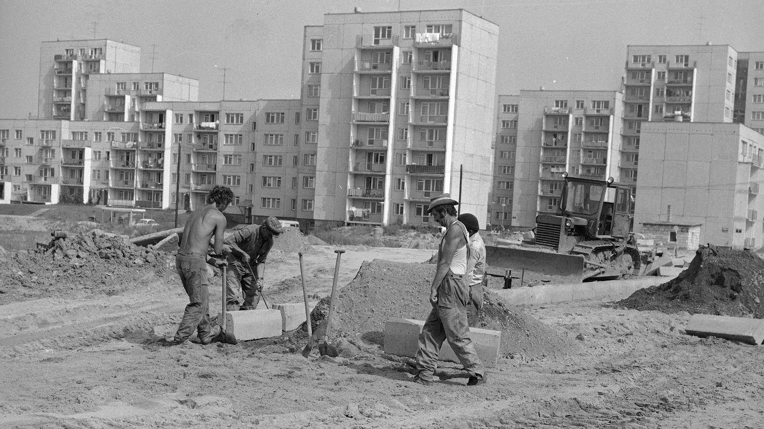 Budowa warszawskiego osiedla Ursynów, lata 70.
