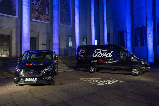 Nowy Ford Transit oraz Tourneo Custom w służbie bezpiecznego transportu i ochrony zabytków Muzeum Narodowego w Warszawie