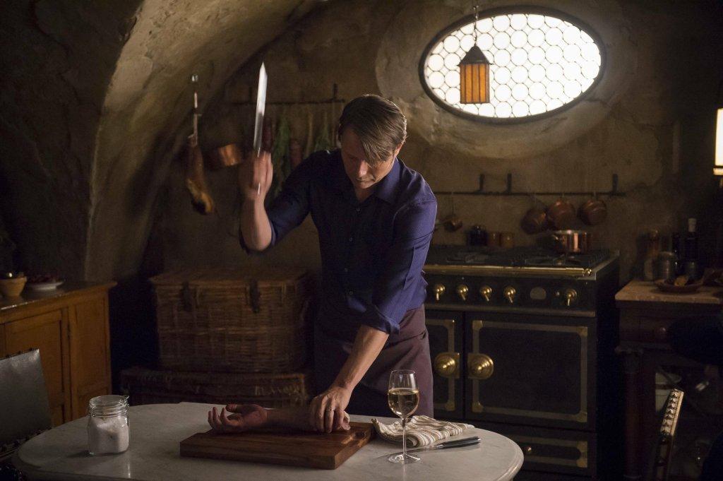 Mads Mikkelsen jako Hannibal Lecter w serialu