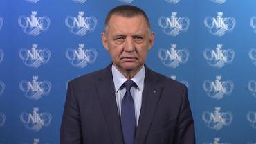 Marian Banaś wygłasza oświadczenie