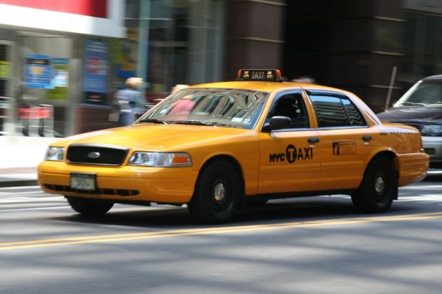 Ford Crown Victoria - New York Taxi
