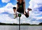 Jumping Frog: W podskokach do mety, czyli jak trening na trampolinie może pomóc biegaczom