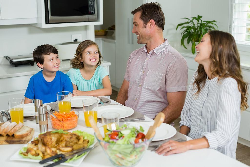 Domowe obowiązki w polskich rodzinach