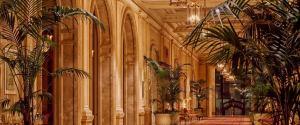 Hotel siedmiogwiazdkowy - luksus na pokaz, który wymyka się z ram