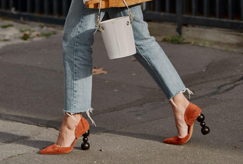 Szpilki z oryginalnym obcasem to najmodniejsze buty na wiosnę 2019