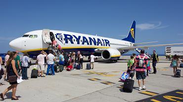 Ryanair zmienia letni rozkład lotów z Polski