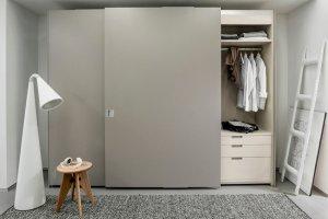 Jak rozplanować szafę wnękową