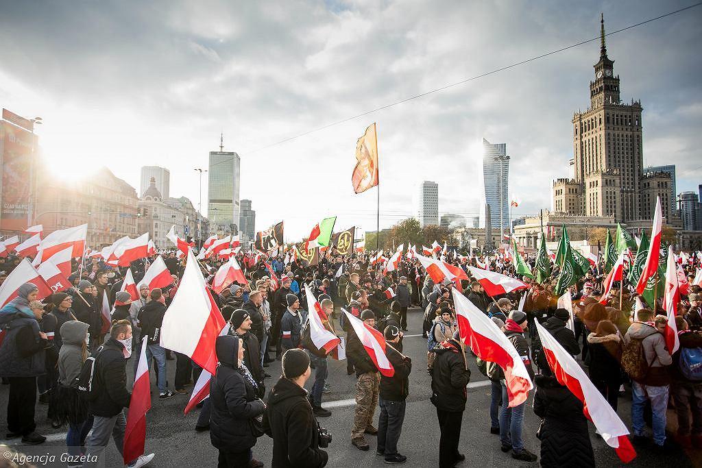 Wiceprezydentka Warszawy domaga się wyprowadzki organizatorów Marszu Niepodległości z miejskiego lokalu