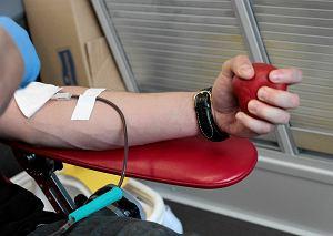 Koronawirus. Apel do krwiodawców: Szczególnie teraz krew jest potrzebna