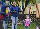 """Ile razy w ciągu dnia mówisz """"zaraz""""? Rodzice coraz częściej niż dziećmi, interesują się tym, co dzieje się w sieci"""