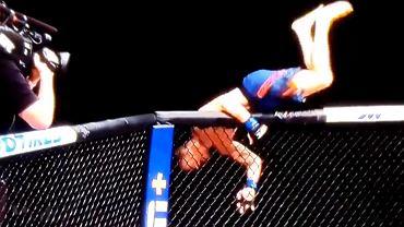 Justin Gaethje cieszy się ze zwycięstwa na UFC 249