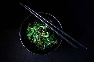 Nori, kombu, wakame - morskie warzywa, które warto dodać do codziennego jadłospisu