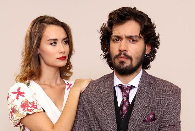 """""""Elif"""" to turecki serial obyczajowy, który na antenie Telewizji Polskiej emitowany jest od maja 2017 roku. Co nowego wydarzy się u bohaterów serialu? Jakie wyzwania staną przed Elif i Jülide?"""