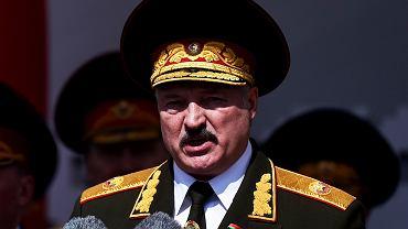 Aleksander Łukaszenka podczas parady 9 maja w Mińsku