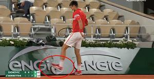 Novak Djoković znów oszalał na korcie. Skandaliczne zachowanie Serba [WIDEO]