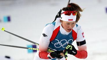 Weronika Nowakowska na trasie biegu indywidualnego na 15km. Biathlon, XXIII Zimowe Igrzyska Olimpijskie Pjongczang 2018, 15 lutego 2018