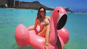 Różowy flaming znany ze zdjęć Mariny Łuczenko i innych gwiazd trafił do Biedronki. Ale to nie jedyna atrakcja dla modnych plażowiczów, jaką przygotował dyskont