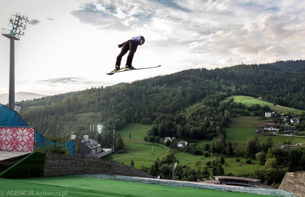 Całe podium niedzielnego turnieju w skokach narciarskich Letniego Grand Prix w Wiśle znowu całe dla białoczerwonych.