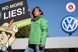 """UOKiK po tekście """"Wyborczej"""": Zajmujemy się """"aferą Volkswagena"""""""