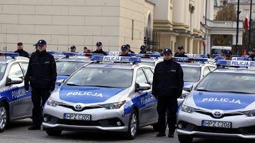 37 nowych radiowozów dla warszawskiej policji