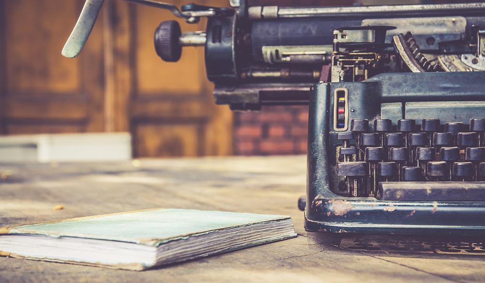 Jak wydać książkę? Garść porad dla początkujących pisarzy. Zdjęcie ilustracyjne
