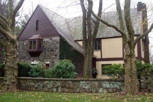 Dom filmowej rodziny Corleone z Ojca Chrzestnego