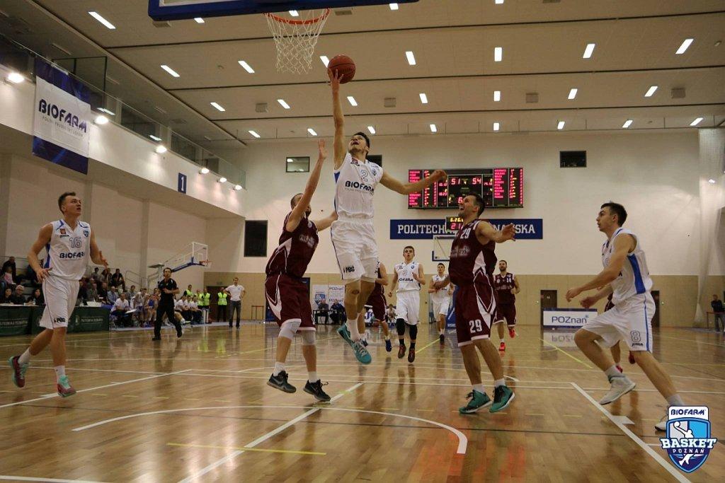 Biofarm Basket Poznań - Spójnia Stargard 62:68