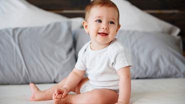 12-miesięczne dziecko, co warto wiedzieć o jego rozwoju? Jakie kupować zabawki?