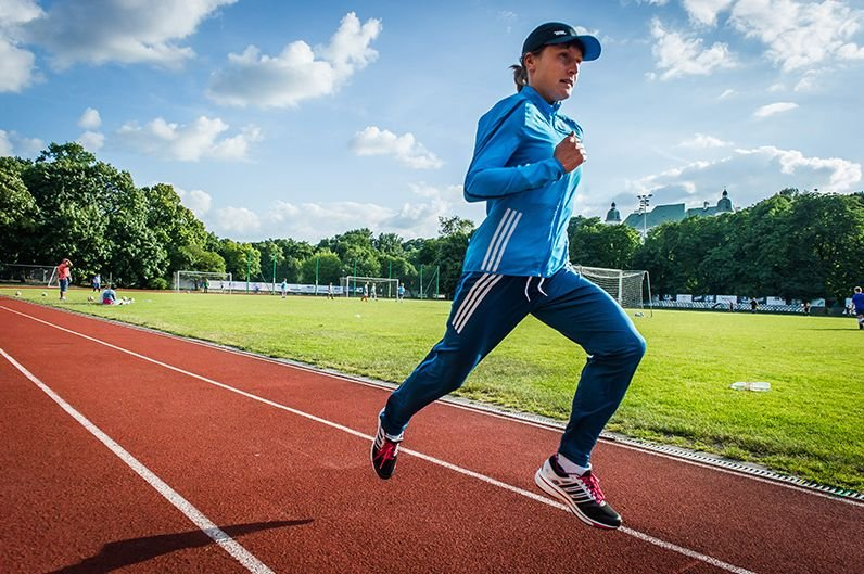 <b>Karolina Jarzyńska</b> (MKL Toruń, 32 lata) - 10 000 m